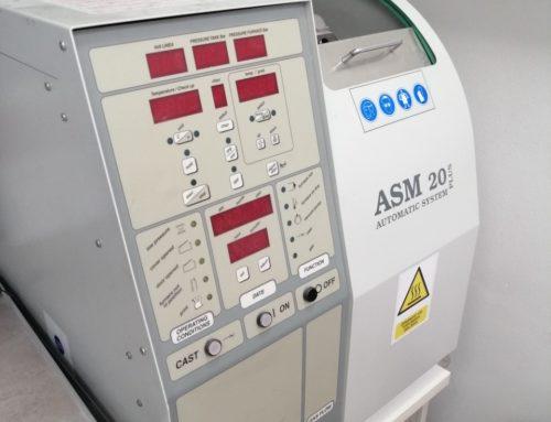 polovni vakumski ljevač automatski sa svojim kompresorom +  pumpa + postolje + bezuljni kompresor
